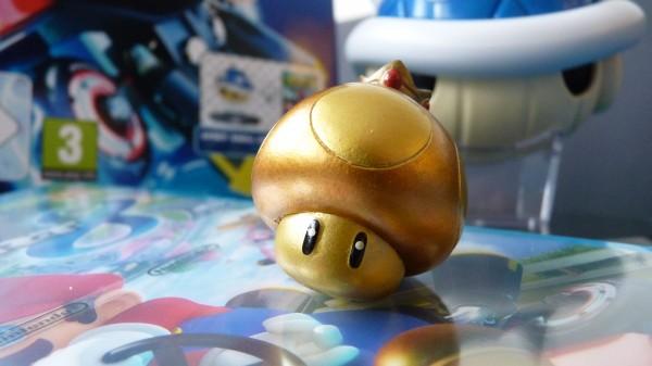Edition-collector-Mario-Kart-8-carapace-bleue (4)