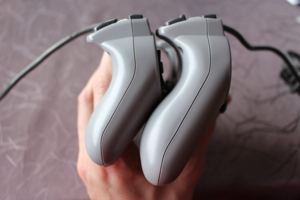 Sony-Dual-Analog-Dualshock-PS1 (6)