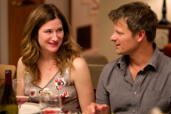 CF_00991_R_CROP (l to r) Kathryn Hahn stars as Harper and Steve Zahn as Dave in CAPTAIN FANTASTIC, a Bleecker Street release. Credit: Erik Simkins / Bleecker Street