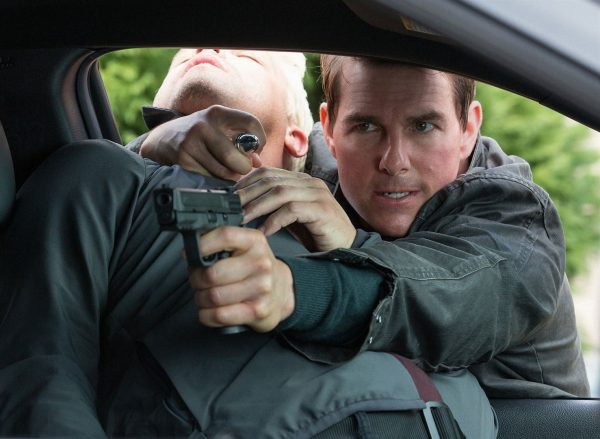 jack-reacher-never-go-back-2