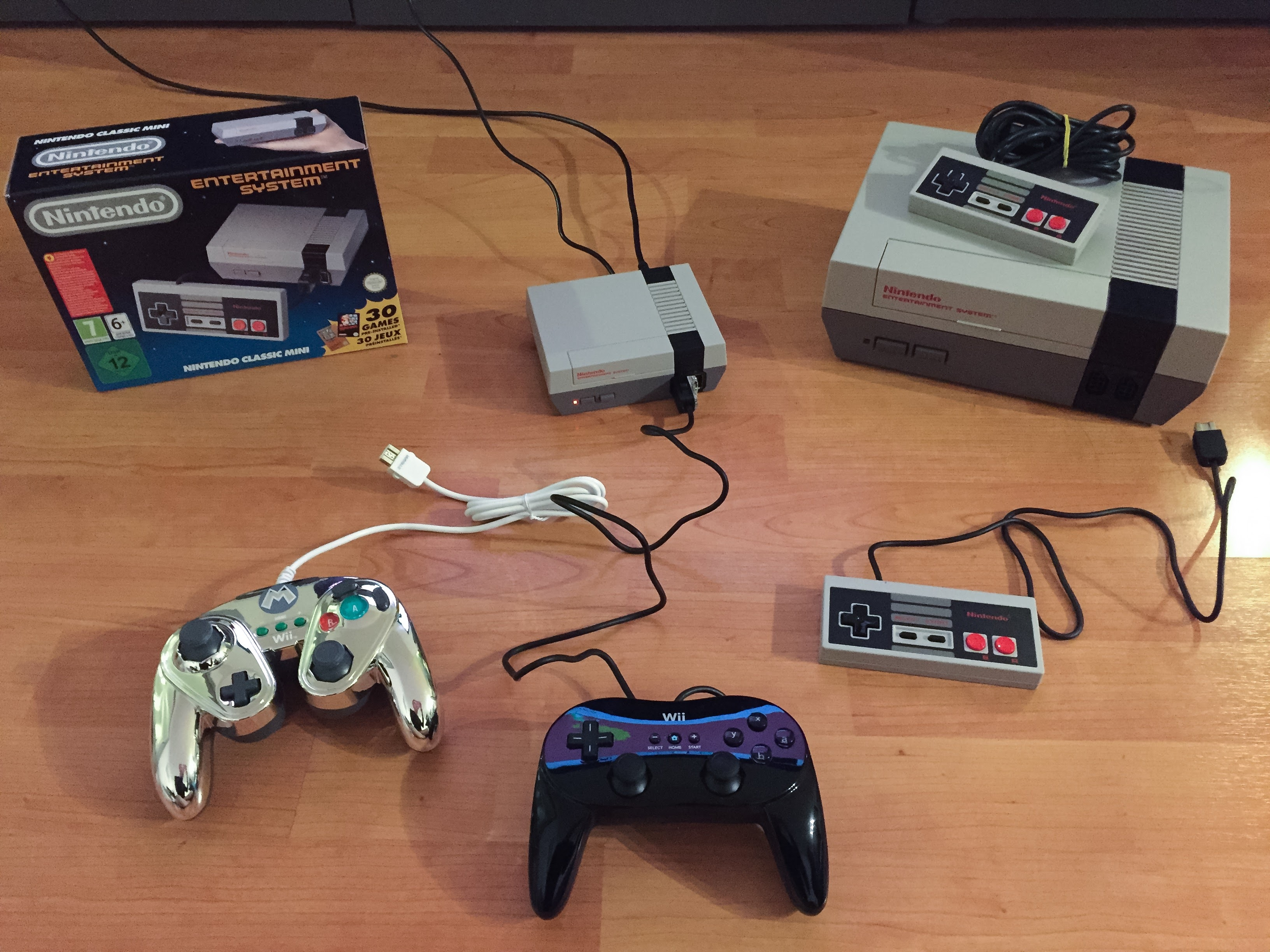 Les manettes compatibles avec la nes mini de nintendo - Comment connecter manette wii a la console ...